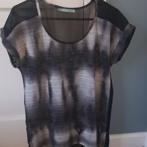 Blouse with sheer back medium